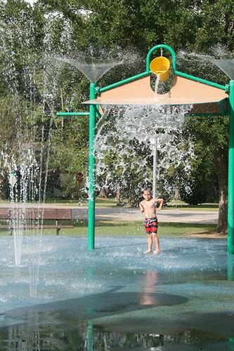 splash pad water park - bay minette