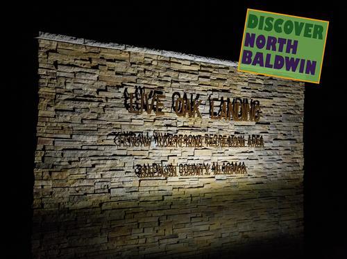 Slide_live_oak_sign