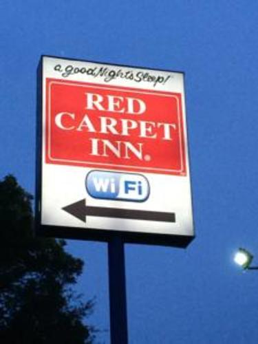 Slide_redcarpet