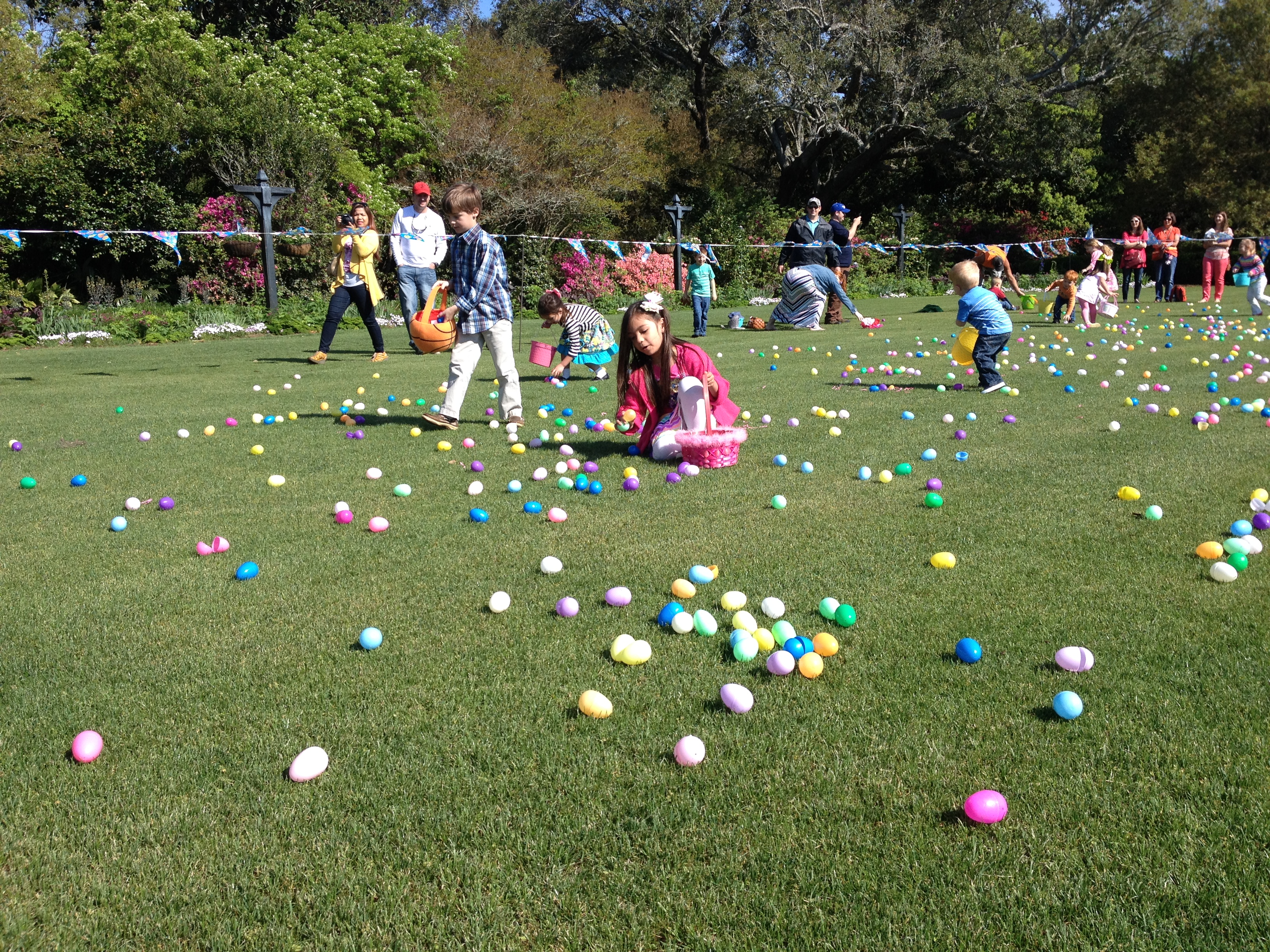 Bellingrath Easter Egg Hunt and Breakfast with the Easter Bunny