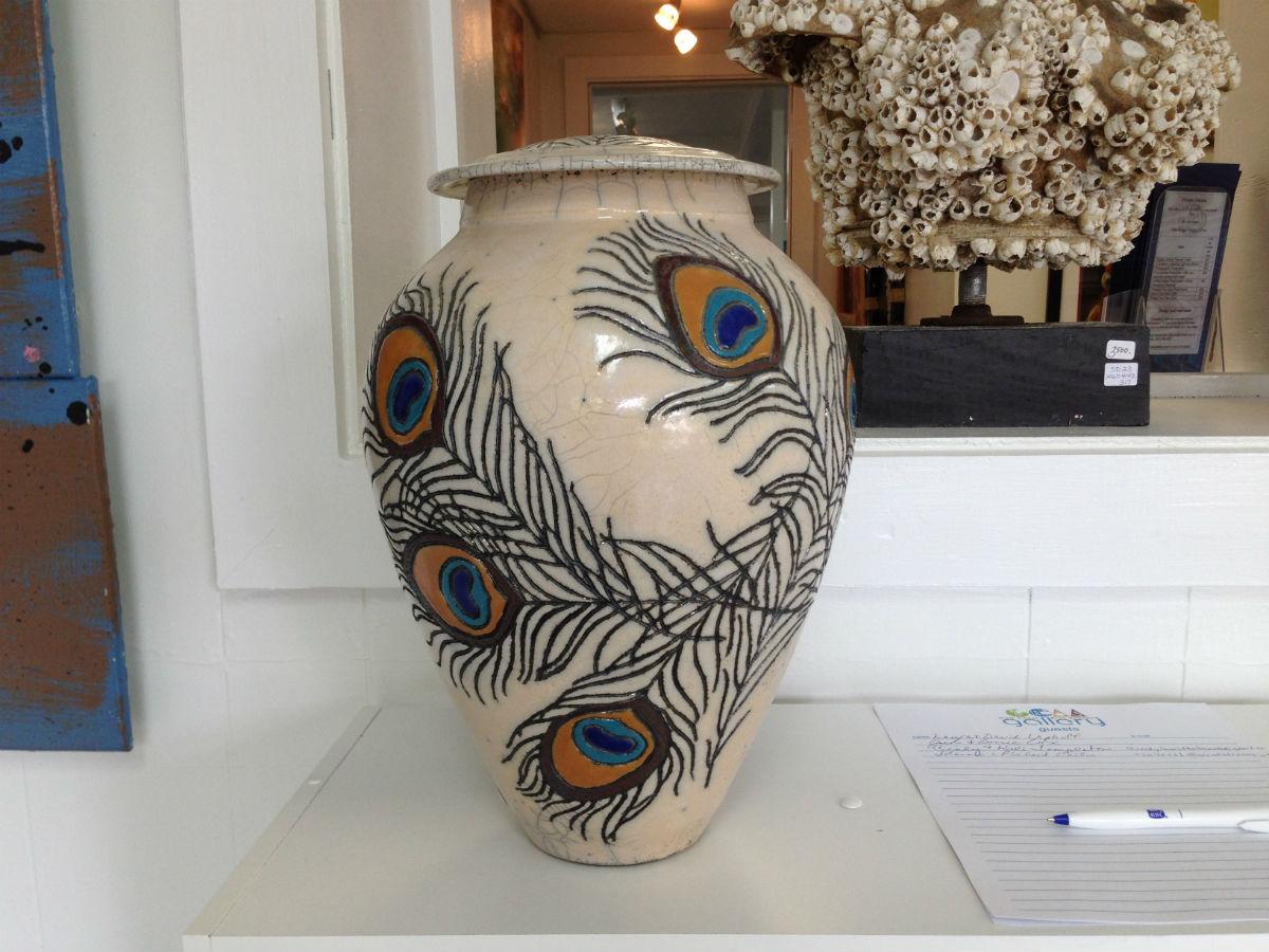 https://alabama-travel.s3.amazonaws.com/partners-uploads/photo/image/56cf1cf9d0e1103ff7000064/anne_webb_pottery1.jpg