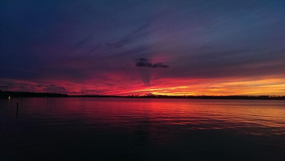 https://alabama-travel.s3.amazonaws.com/partners-uploads/photo/image/56f41132b80e374e160000ba/sunset6.jpg