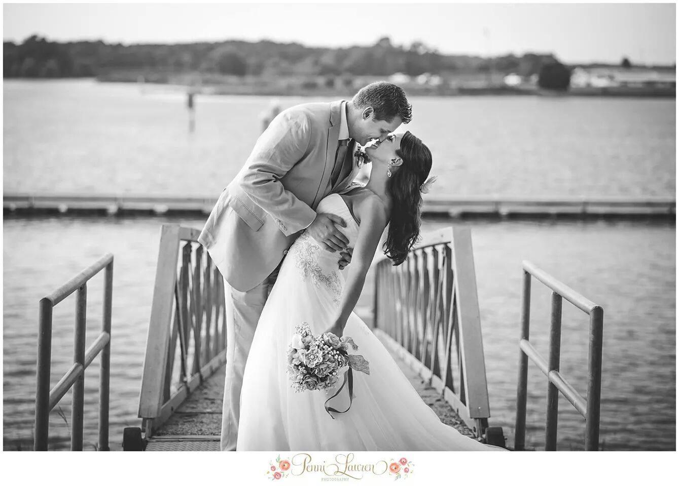 https://alabama-travel.s3.amazonaws.com/partners-uploads/photo/image/5772b5795d5bc9dbe6000161/panther_wedding.jpg
