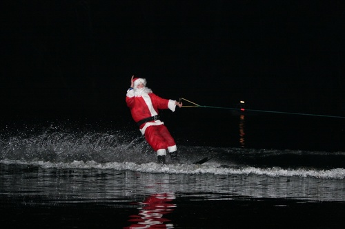 Slide_skiing_santa