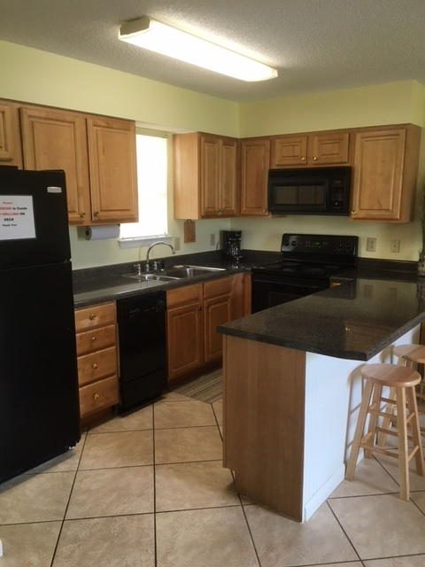 https://alabama-travel.s3.amazonaws.com/partners-uploads/photo/image/59249d4f335d04a5da00009d/new_kitchen_1.jpg