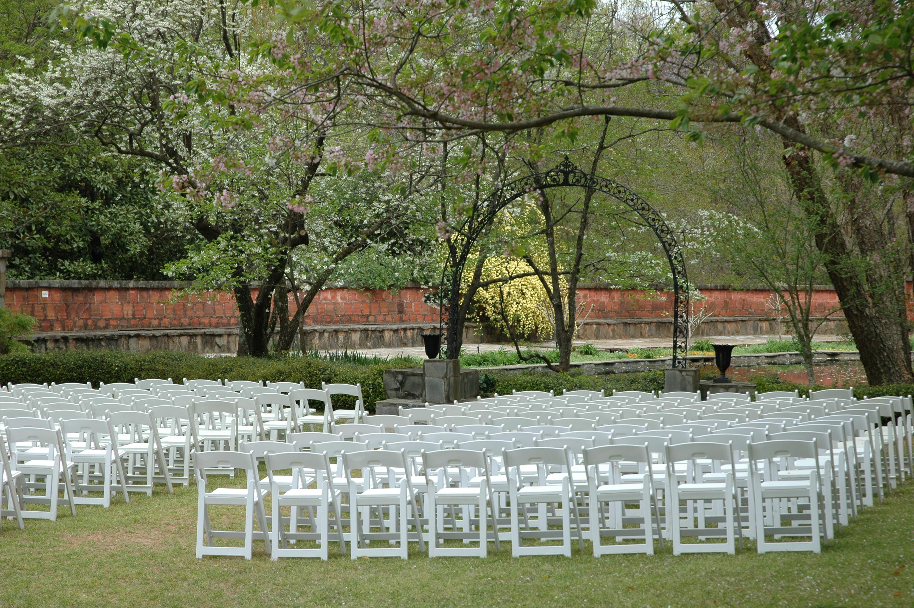 https://alabama-travel.s3.amazonaws.com/partners-uploads/photo/image/59497c8d7373907f2300003f/wedding_garden_11.jpg