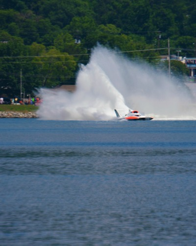 Slide_guntersville_lake_hydrofest