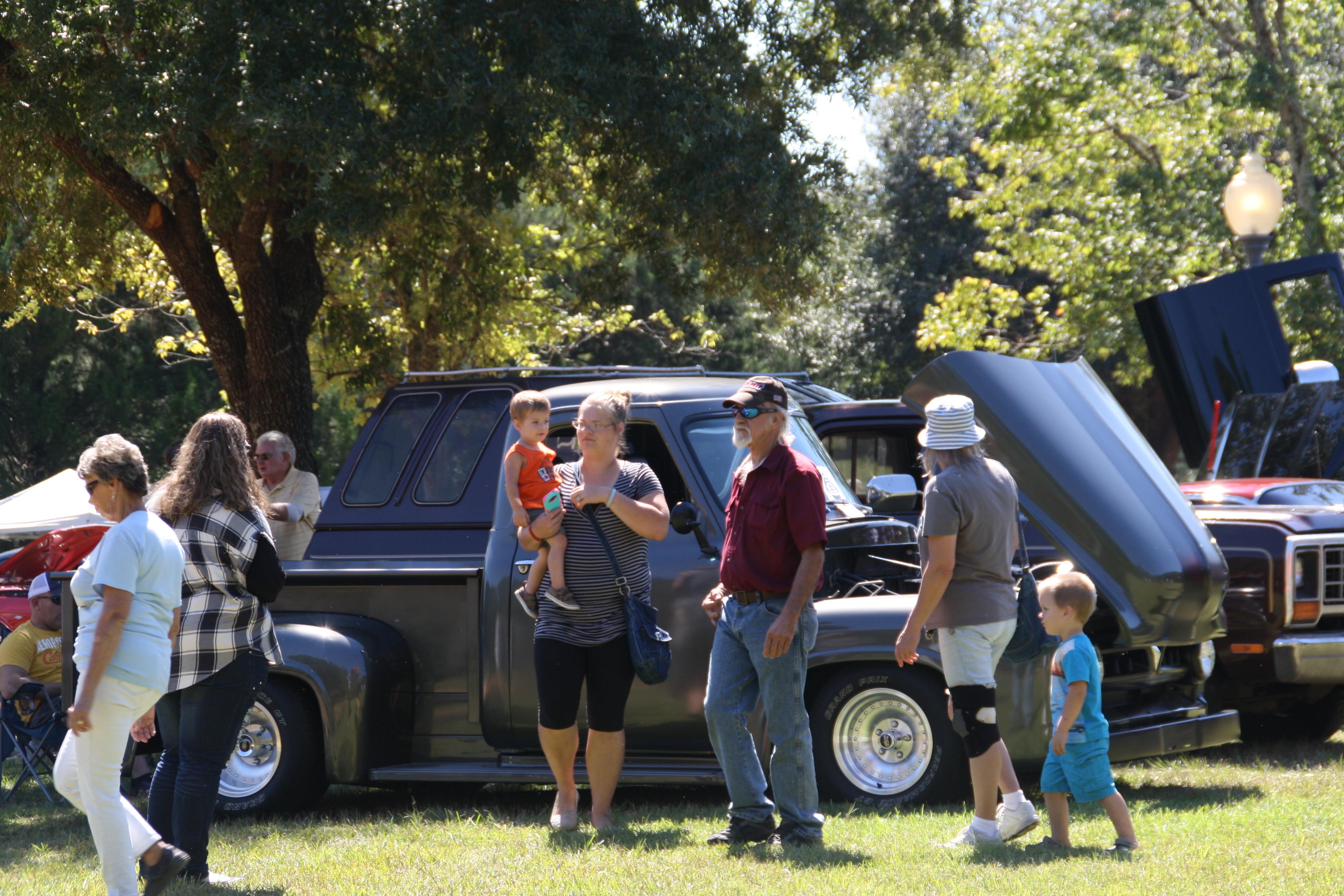 Landmark Park Benefit Car Show