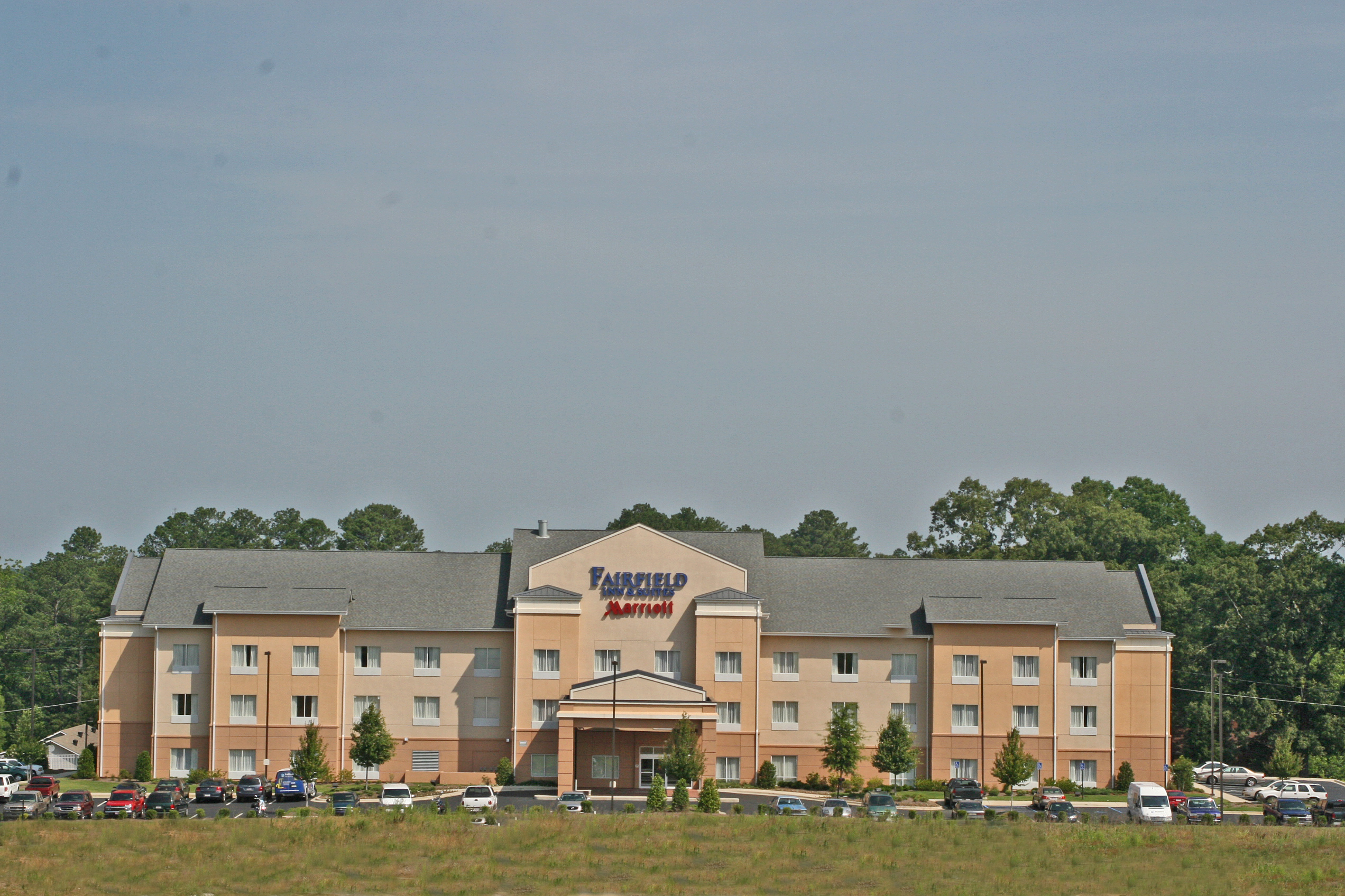 https://alabama-travel.s3.amazonaws.com/partners-uploads/photo/image/596193ec53ad9a42ef000006/fairfield_inn___suites_fultondale_014.jpg
