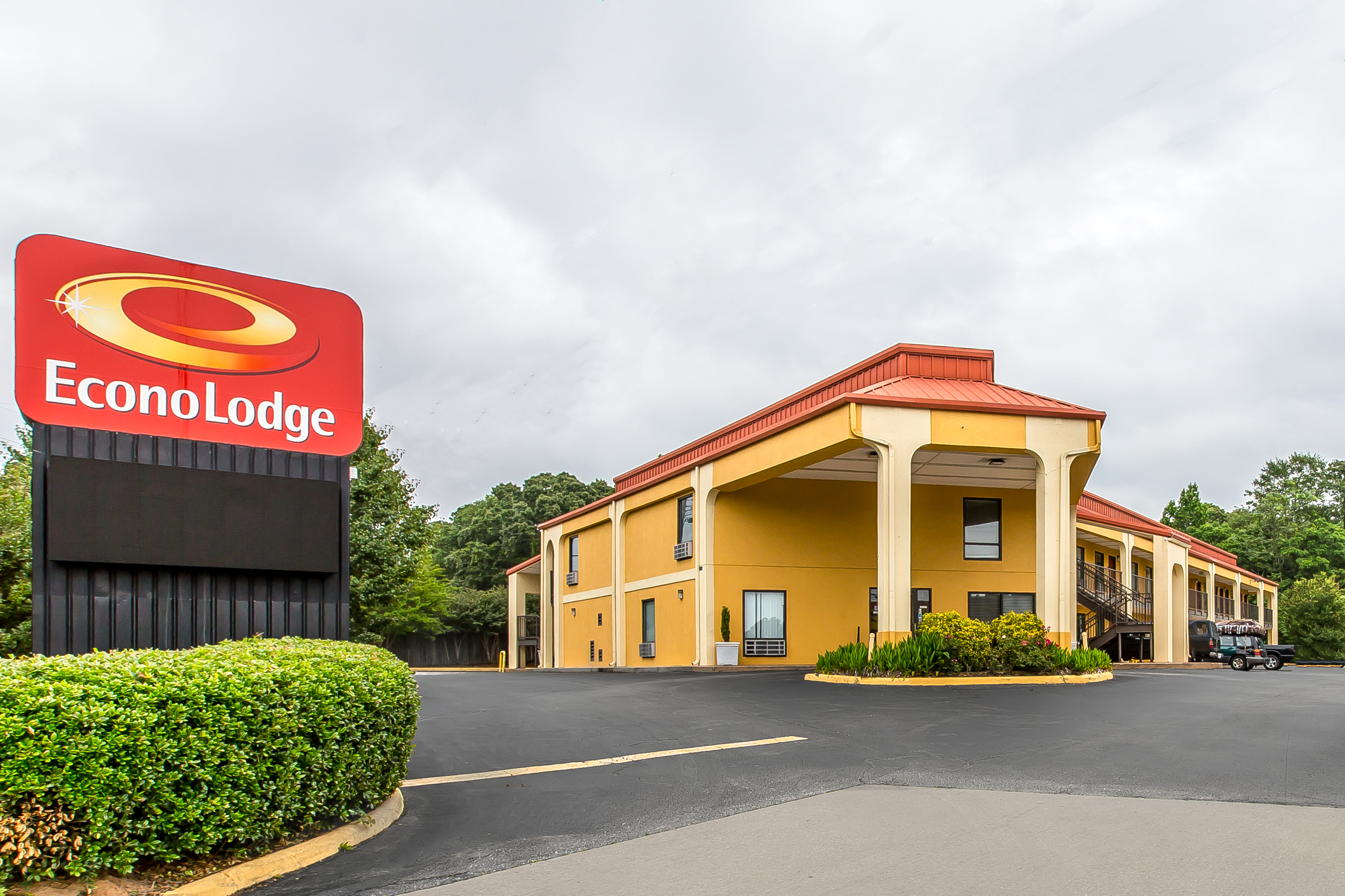 Econo Lodge Auburn near Universty