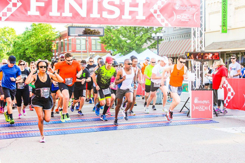 Slide_chick_fil_a_race_2016_startingline