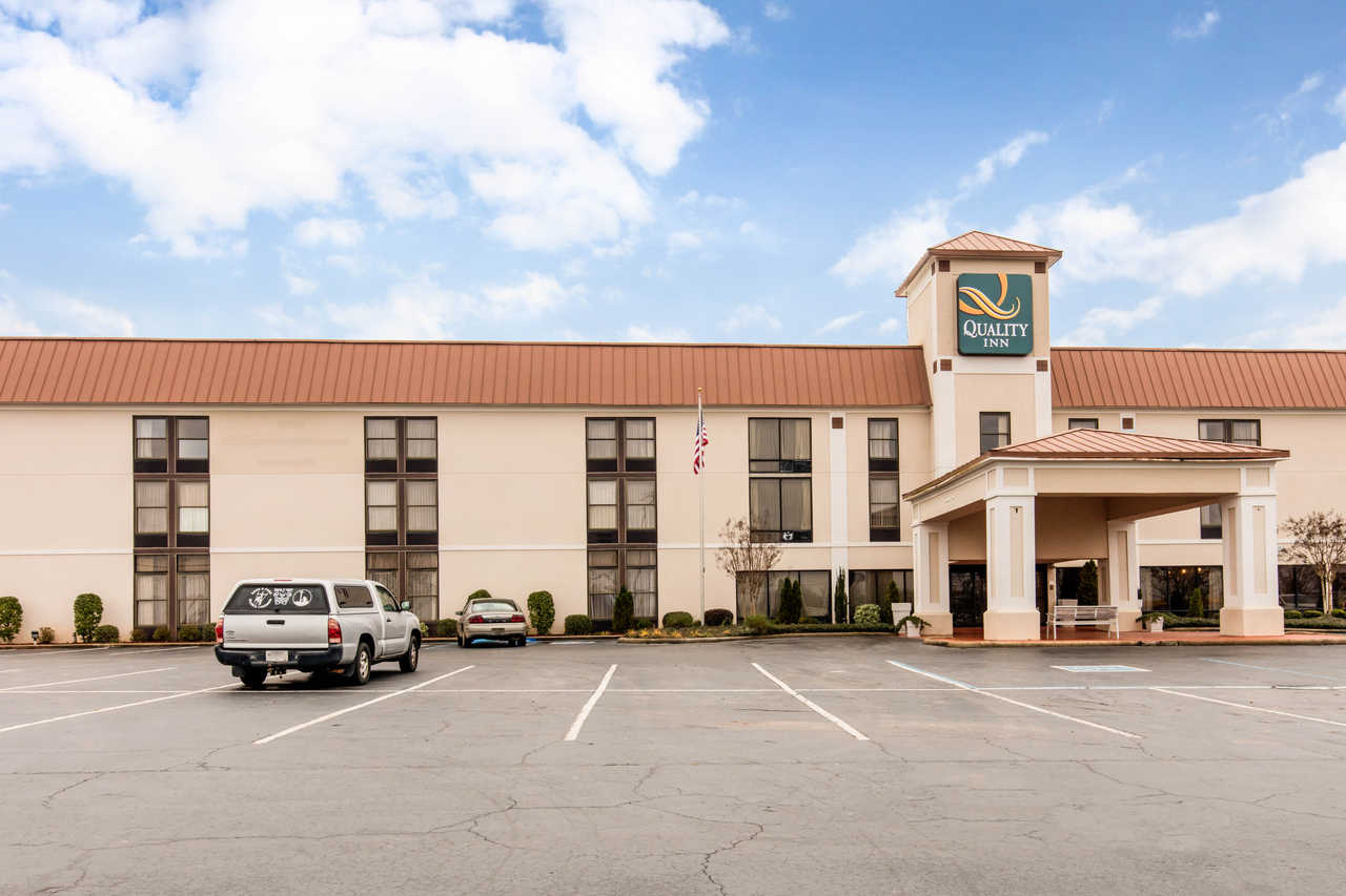 Quality Inn Valley- West Point
