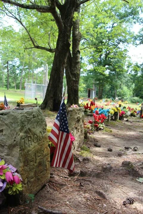 Coon Dog Cemetery Labor Day Celebration