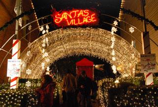 https://alabama-travel.s3.amazonaws.com/partners-uploads/photo/image/5bbfc51dfbd257d93a0000a0/snowflake_entrance_at_santa_s_village.jpg