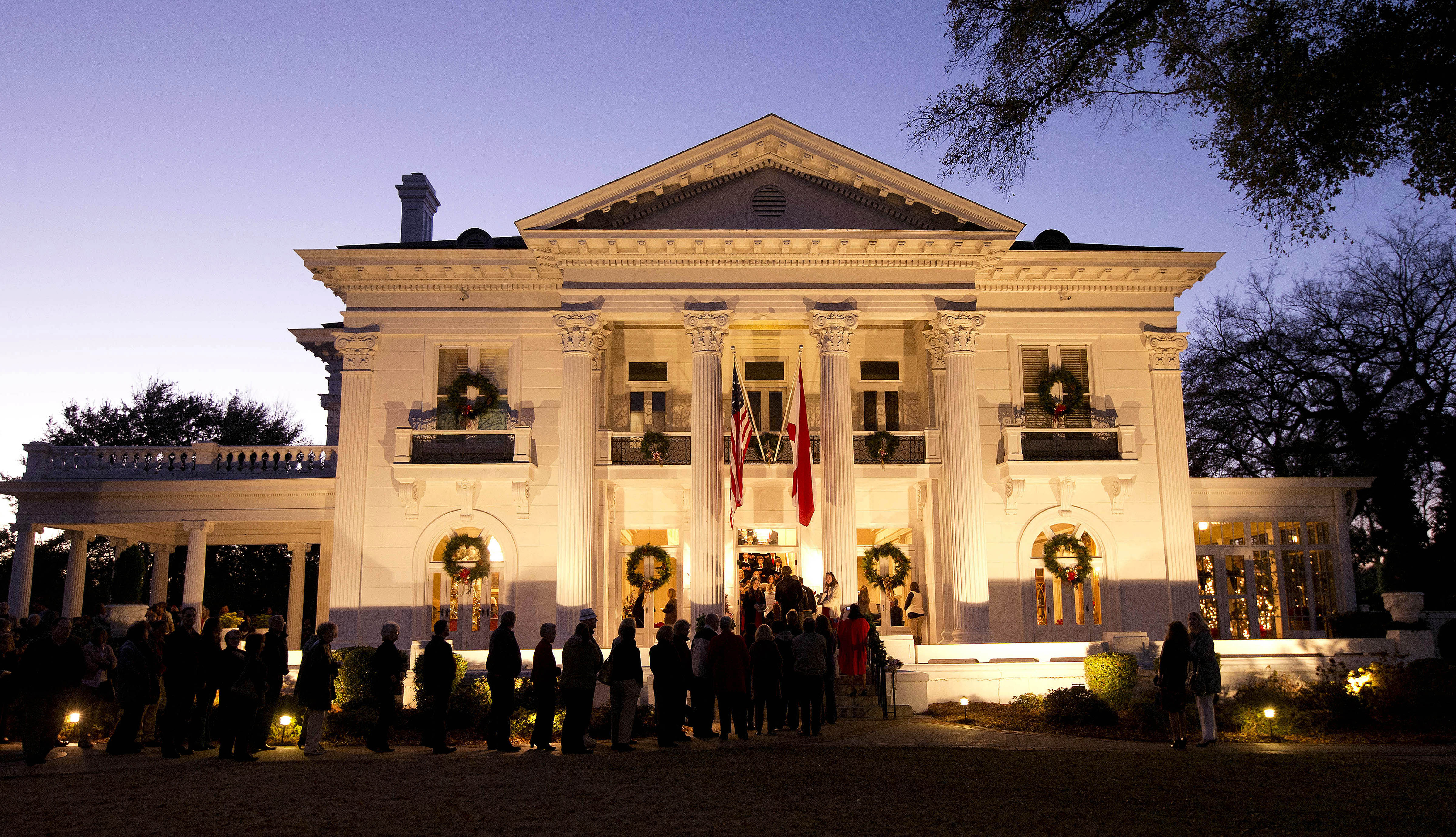 2019 Governor's Mansion Christmas Candlelight Tours