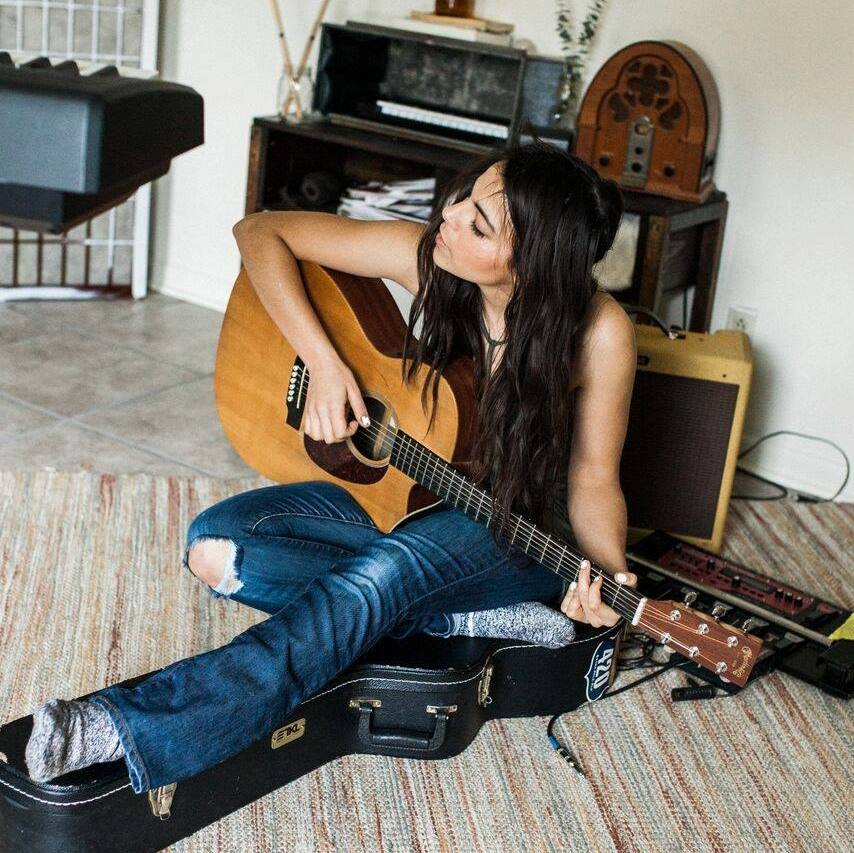 Concerts on the Dock: Carly Moffa